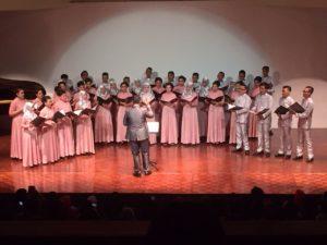 memperingati konser tahuan Paduan Suara Universitas Pancasila yang ke-4
